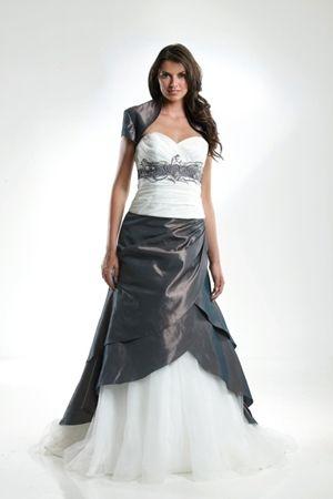 Trouwjurk Grijs Met Wit.Trouwjurk Jarice Peru Lang Grijs Wit Wedding Dress Trouwjurk