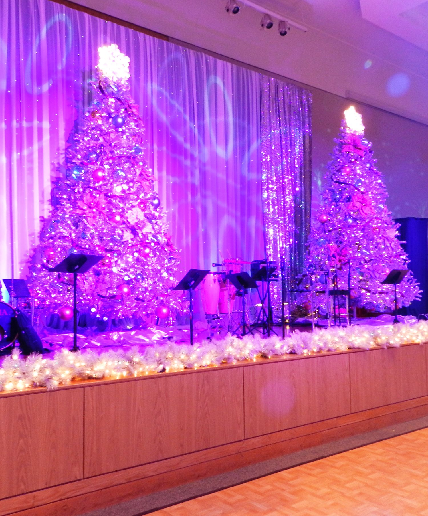 Blue christmas decorations party ideas blue christmas decorations - Beautiful Blue Christmas Stage Christmas Trees Stage Lights Eventuresinc