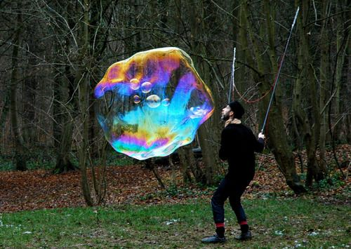 ebullitions (art of giant soap bubbles) by Sylvain Letuvée.   Photo by Benjamin Chassat.