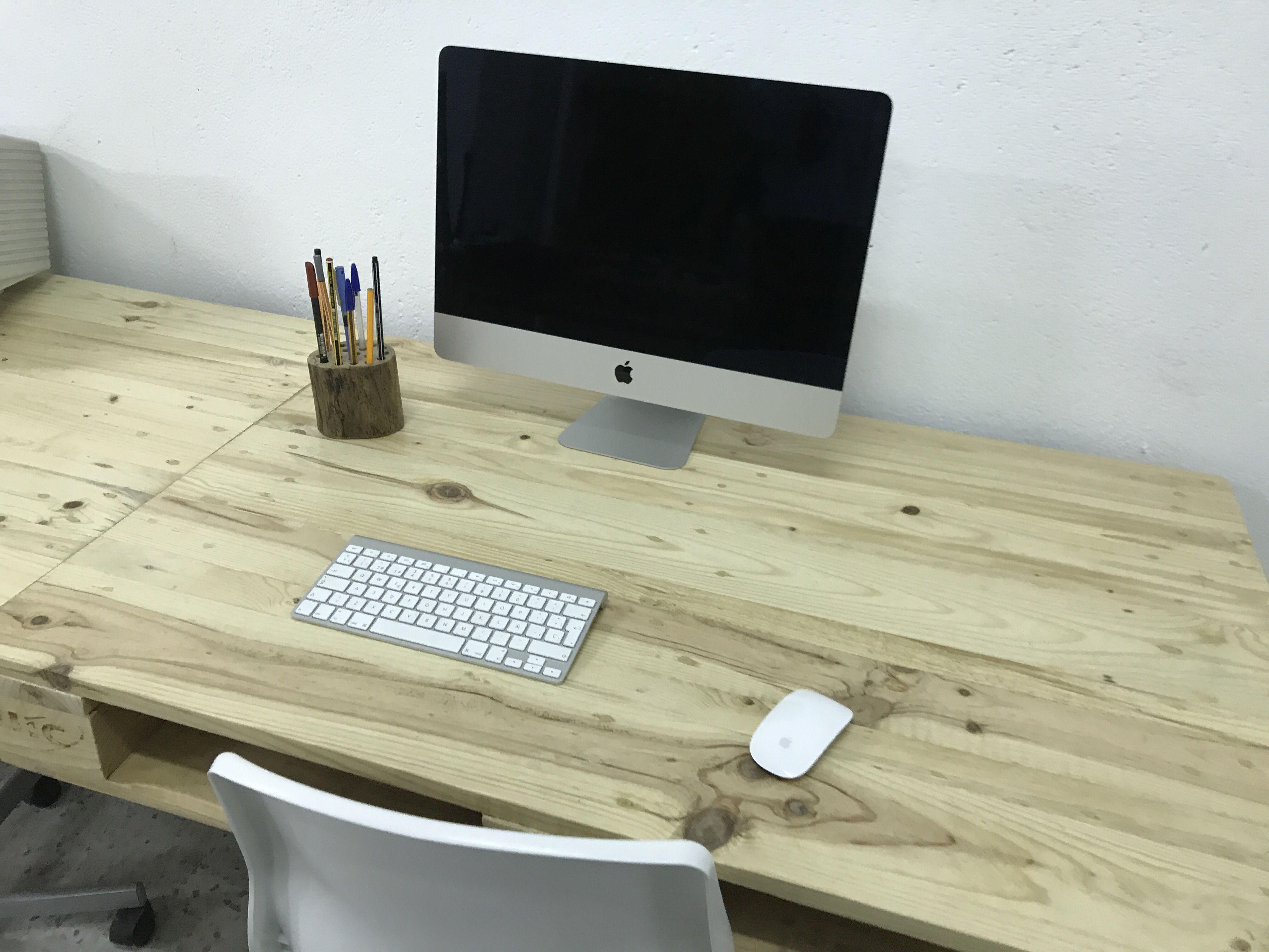 Así es como lucen nuestros escritorios más #hipsters👨🏻 Mesa de ...