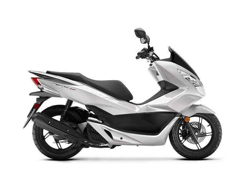 2017 Honda Pcx150 Pearl White Motorcycles For Sale Honda Honda Scooters
