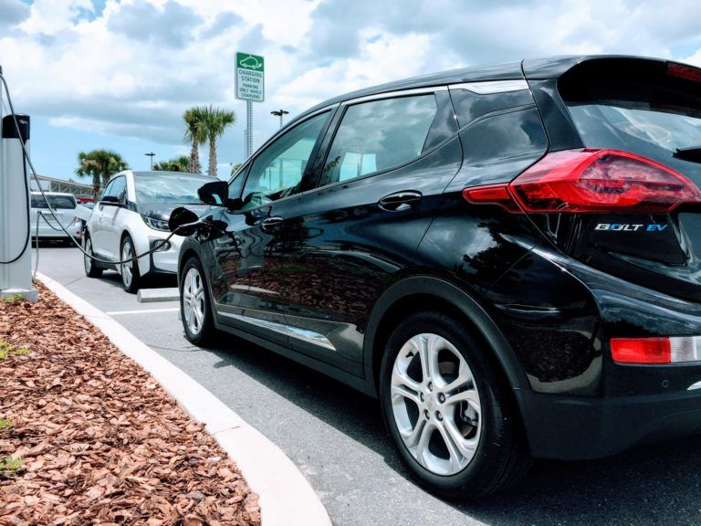 Bmw I3 Vs Chevy Bolt Vs Nissan Leaf Comparison Review With