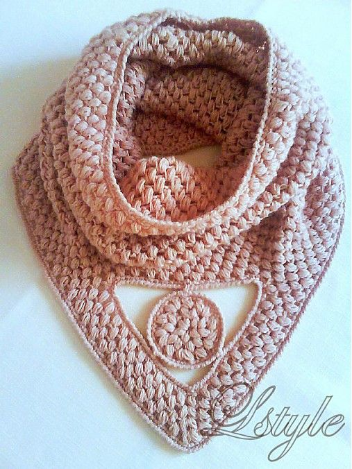 wonderful crochet cowl