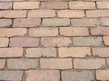 Oude hardgebakken dikformaat straatstenen vsb groep for Schellevis tegels aanbieding