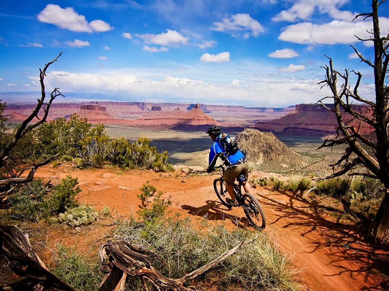 mountain bike wallpapers : get free top quality mountain bike, Powerpoint templates