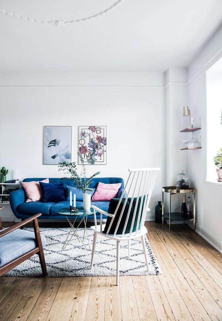 28 gorgeous modern scandinavian interior design ideas for Interior design living room blue