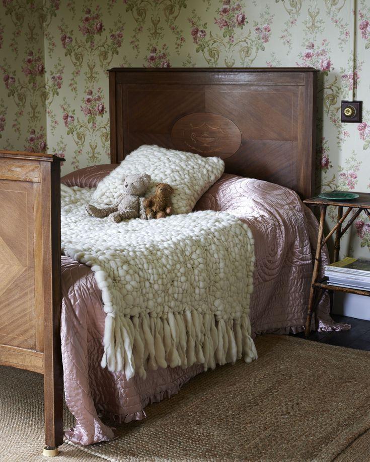 How To Wash Wool Blankets Vintage Wool Blanket Blanket Care Wool Pillows