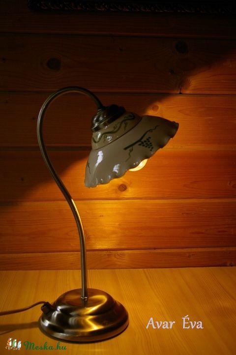 Szőlős asztali lámpa