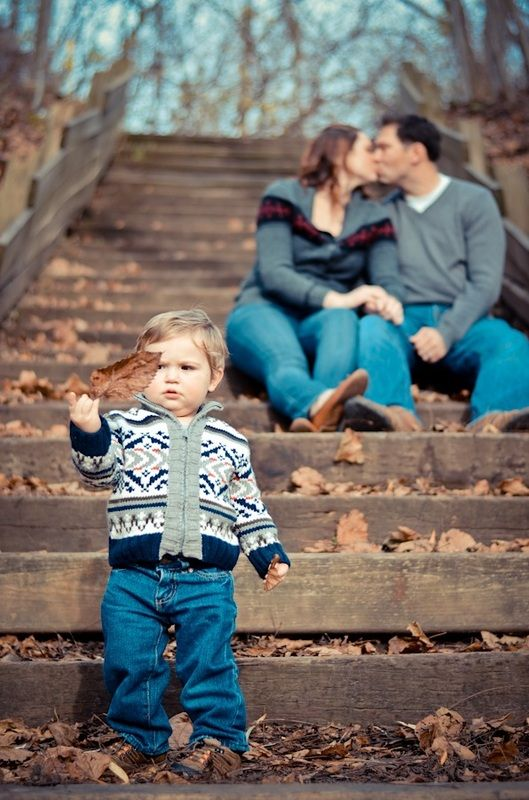 Family devon peters photography fall autumn stairs leaves kiss baby boy foreground pose ideas jeans outside natural light