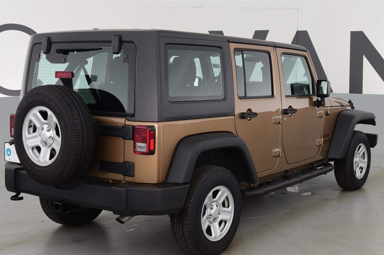 2015 Jeep Wrangler Unlimited Unlimited Sport SUV 4D for