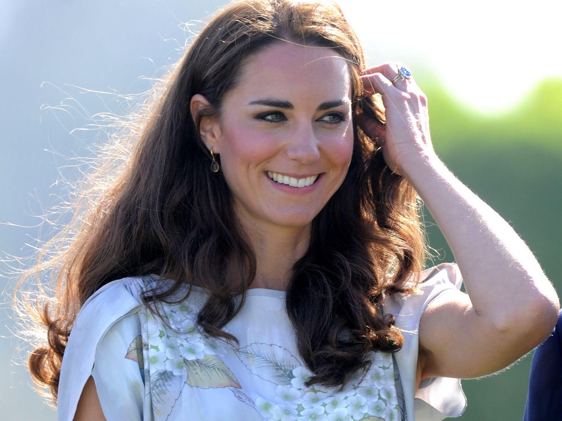 kate middleton | Kate Middleton cute smile | famous-wallpapers