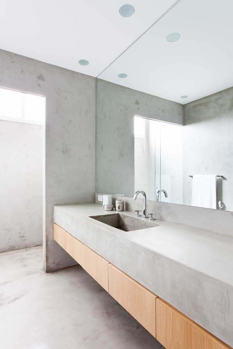 Si quieres un baño minimalista utiliza materiales simples ...