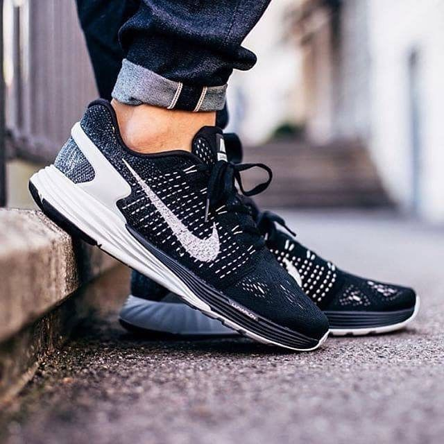 competitive price acb24 f2019 Nike Black Trainers for Men. Nike Lunarglide 7 ~ Flyknit Oreo ~ 747355 001  ~ Uk Size 10.5 ,EUR 45.5 ,CM 29.5  Nike