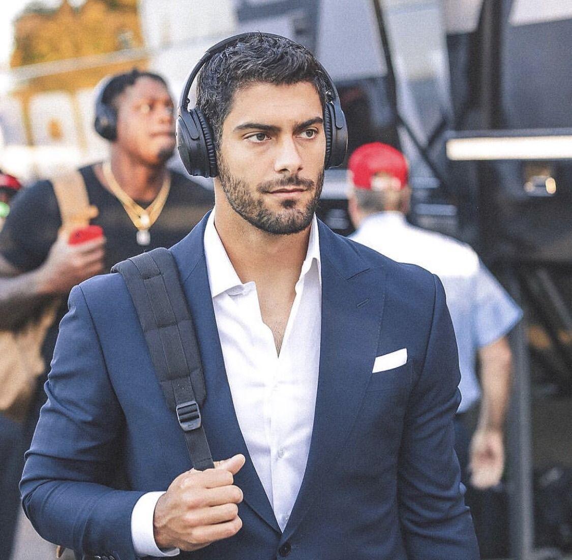 C Est La Vie In 2020 Beard Boy 49ers Football Handsome Men