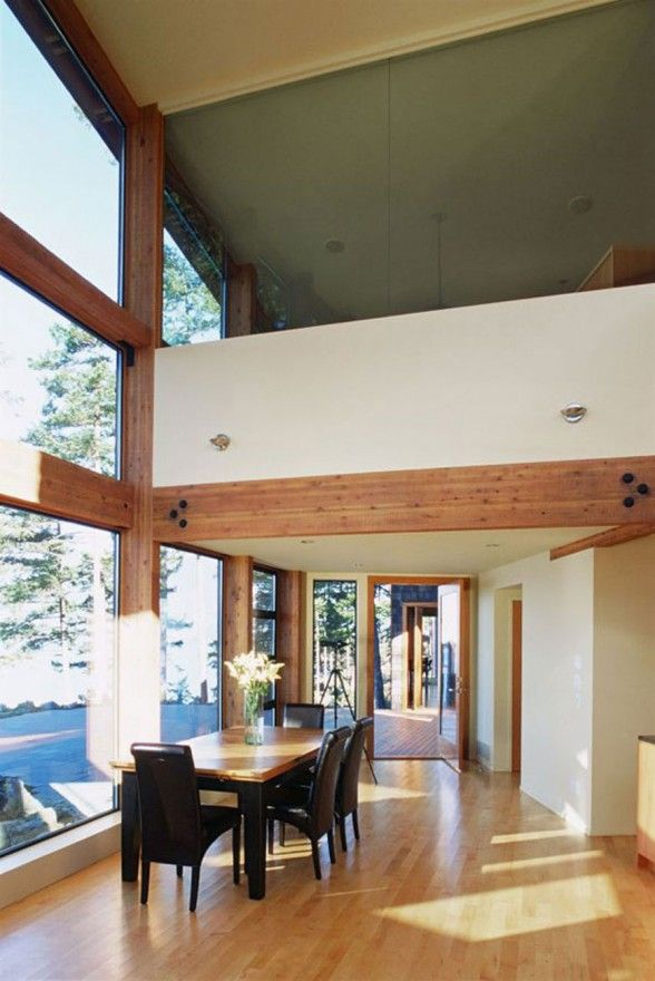 Canadian Lake House Design, Best Retreat Location - Dining Table ...