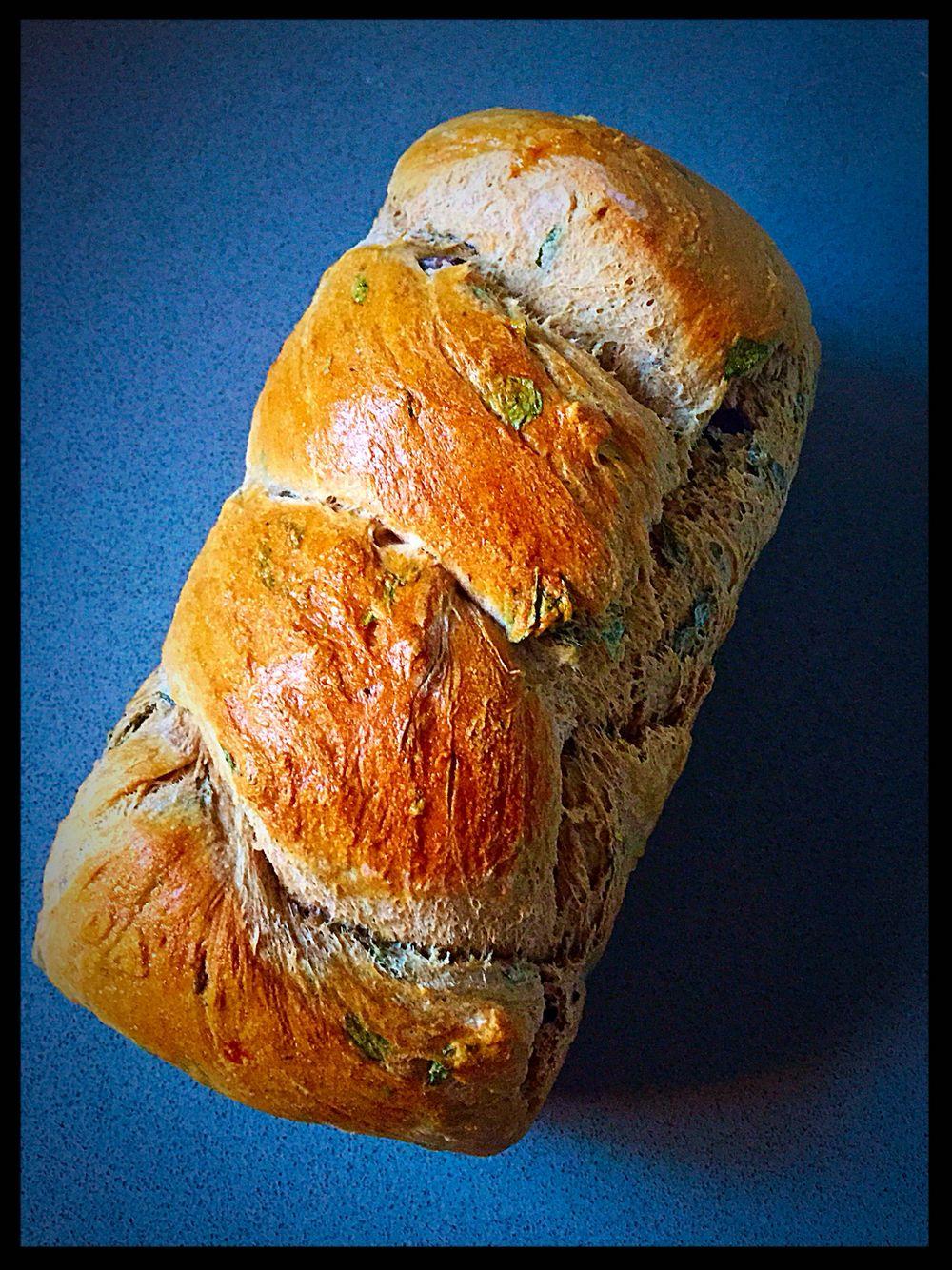 Basil&kalamata olives challah bread