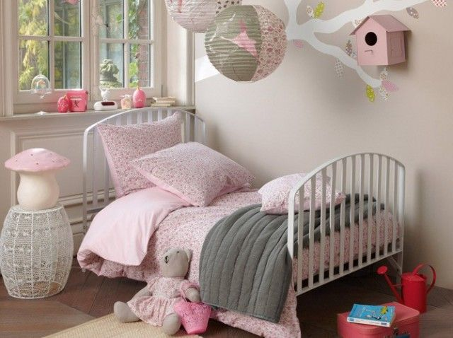 Chambre rose de petite fille / Little girl bedroom   wwwmaison