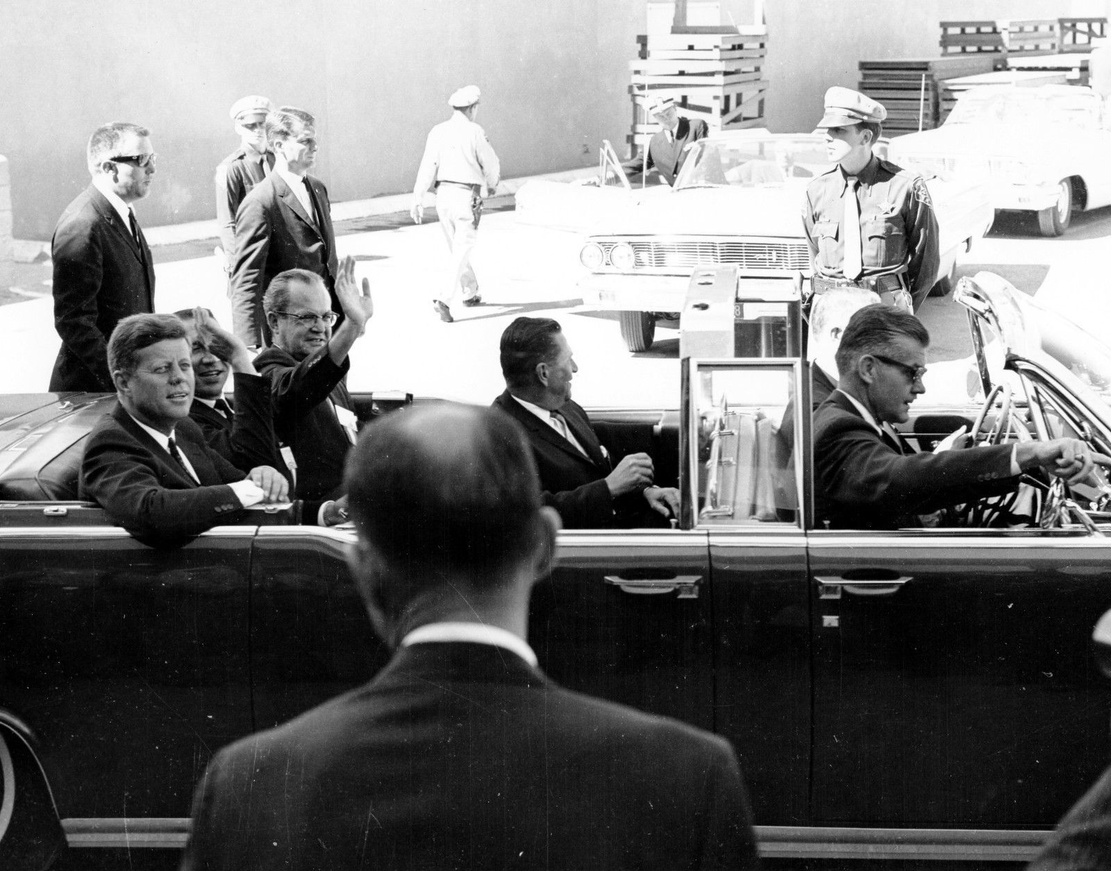 President Kennedy in Las Vegas September 1963. SA Gerald Blaine top left; SAIC Behn and SA Tom Shipman in limo