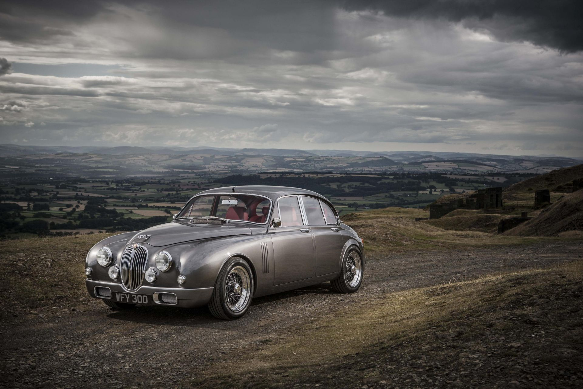 This One-Of-A-Kind Jaguar Mark 2 Combines Classic Elegance With Modern Reliability