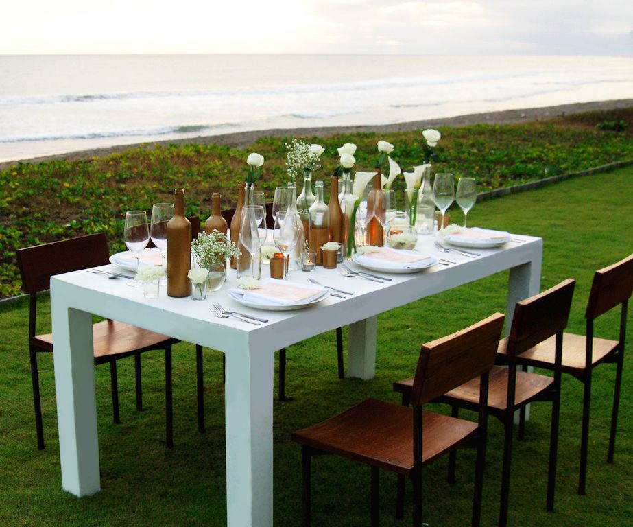 White Parsons Table And Industrial Modern Chair | Bali Ultimate Furniture  Rental