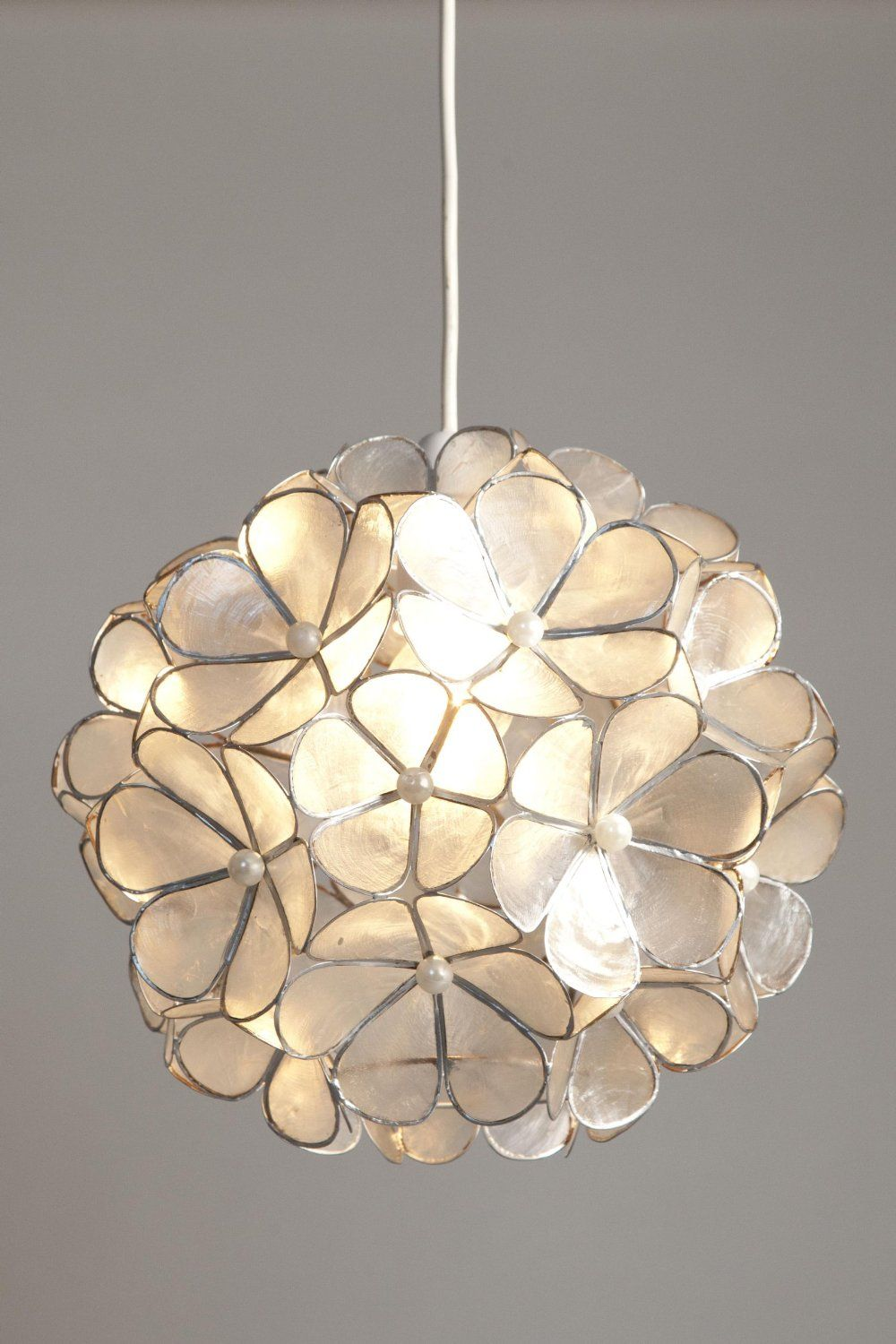 Stylish Natural Capiz Shell Flower Ball Non Electric Ceiling Light     Stylish Natural Capiz Shell Flower Ball Non Electric Ceiling Light Shade  Pendant   White   Silver