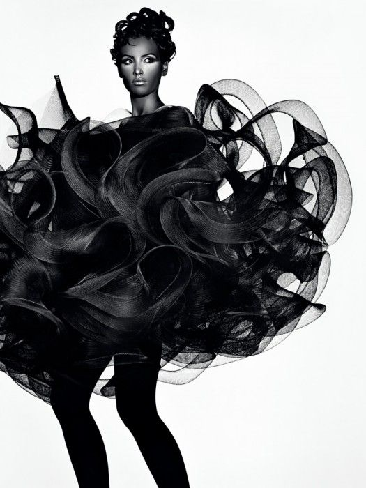 Fashion as Art - 3D dress with a sculptural shape blending softness & rigidity; dramatic fashion // Koji Tatsuno