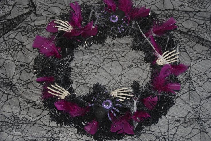 gothic halloween wreaths | Gothic Halloween wreath Halloween | Oh, The Horror