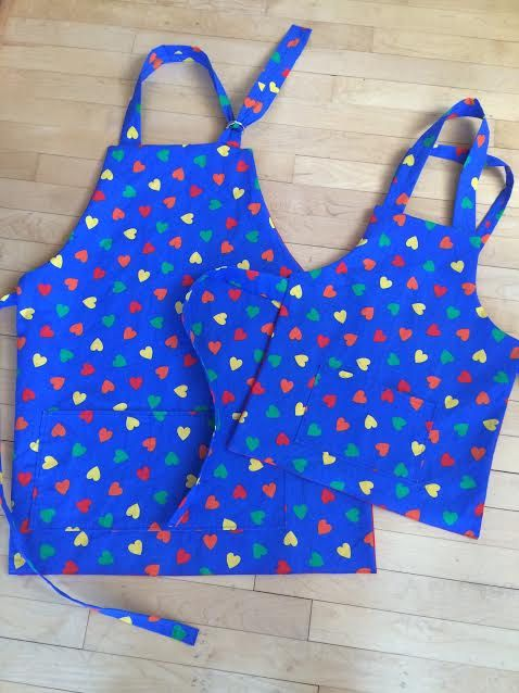 mommy and me aprons mom valentines day gift by mumsmittens - Valentines Gifts For Daughters