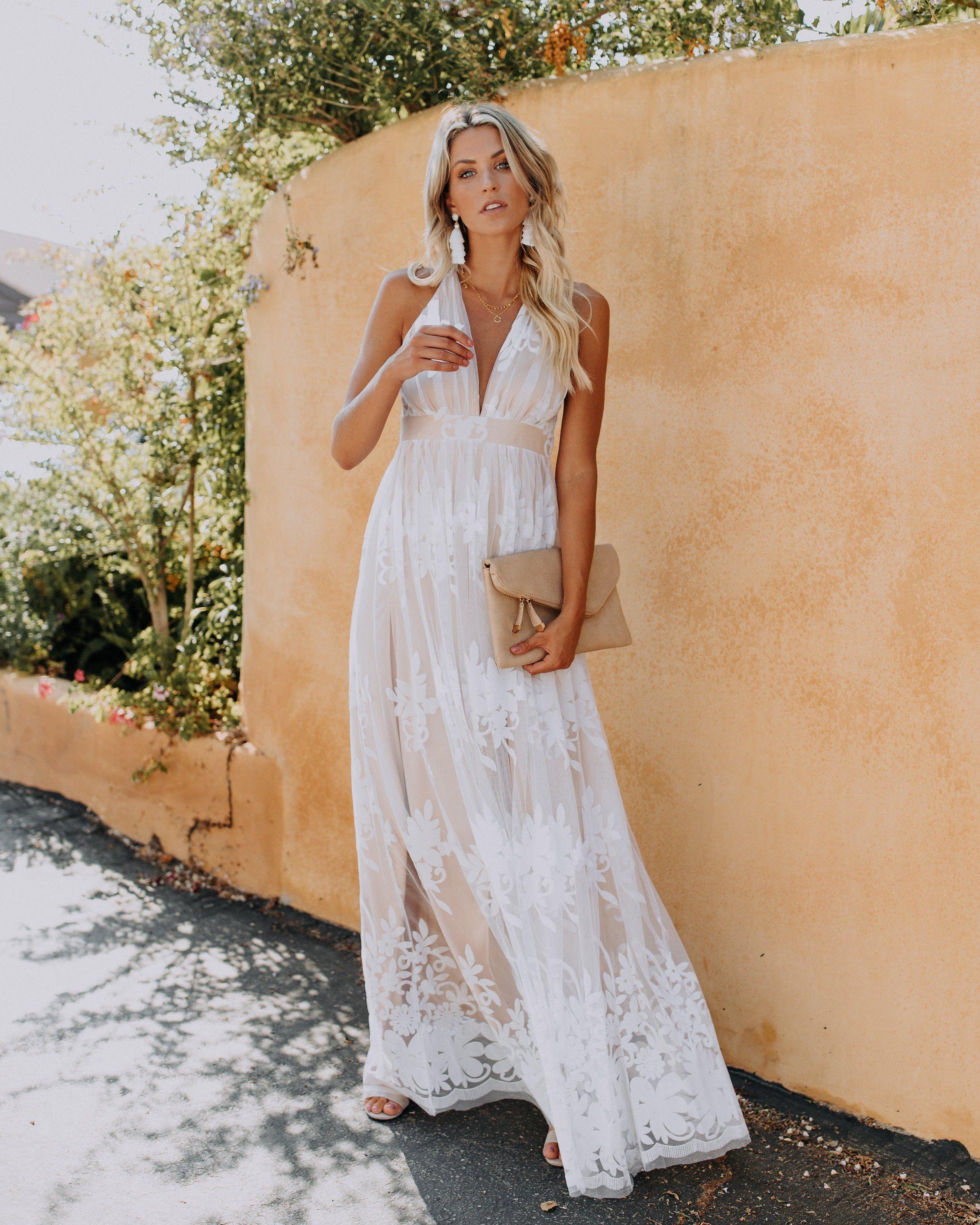 Antonia Maxi Dress White White Maxi Dresses Maxi Dress White Dress [ 3037 x 2430 Pixel ]