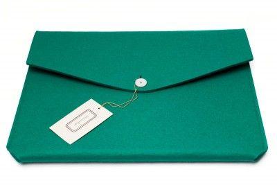 Felthouse green felt sleeve for laptop (macbook) | shopkoshka.com - Shop Japanese & international designer fashion, women's clothes, Tsumori Chisato