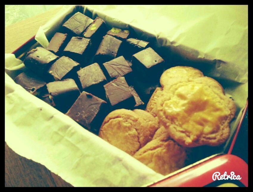 Chocoladefudge en boterkoekjes
