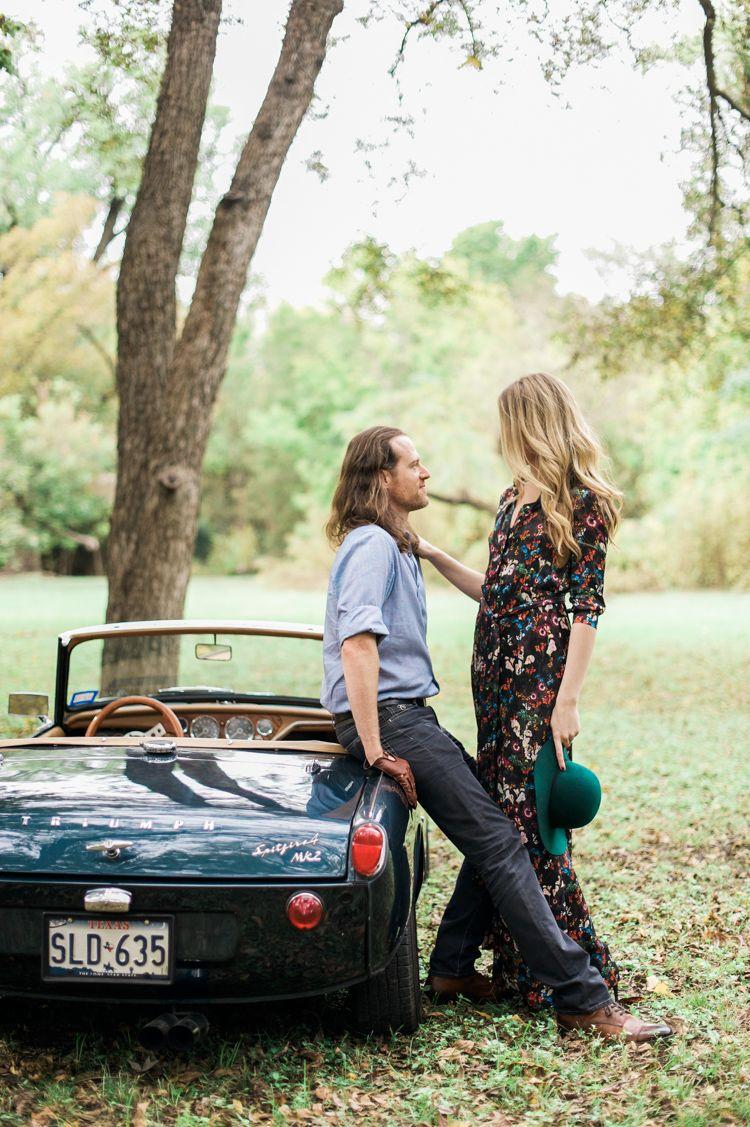 nicole-chaz-vintage-car-white-rock-lake-couples-session-dallas ...