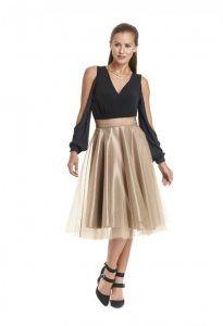 ba94d3033100 47 Εντυπωσιακά plus size γυναικεία ρούχα για γάμο!