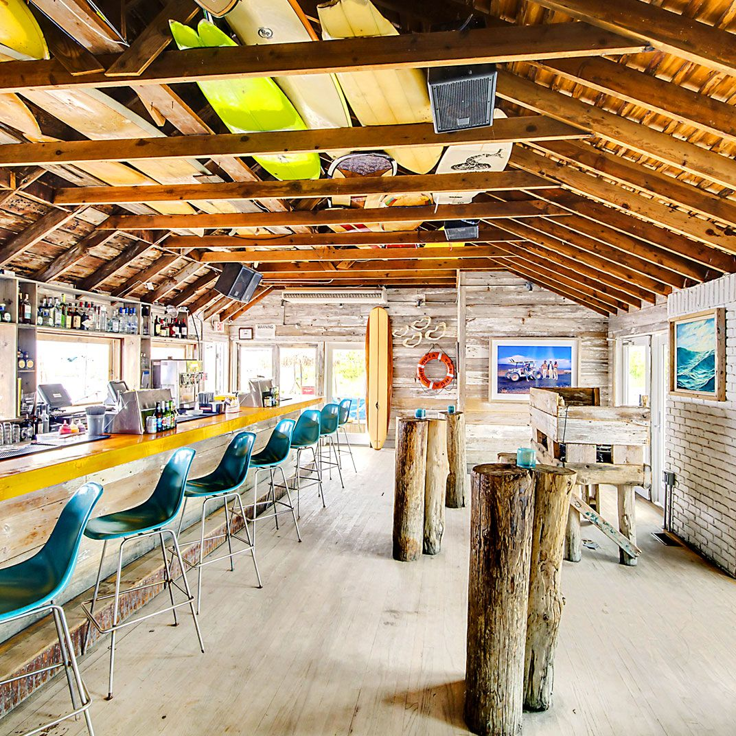 The Surf Lodge Is A Luxury Boutique Hotel In Montauk New York Usa View Our Verified Guest Reviews And Online Special Offers For