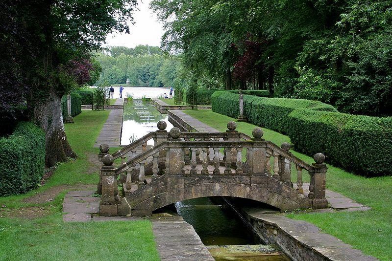 The Peto Water Garden Country Cottage Garden Cottage Garden Garden