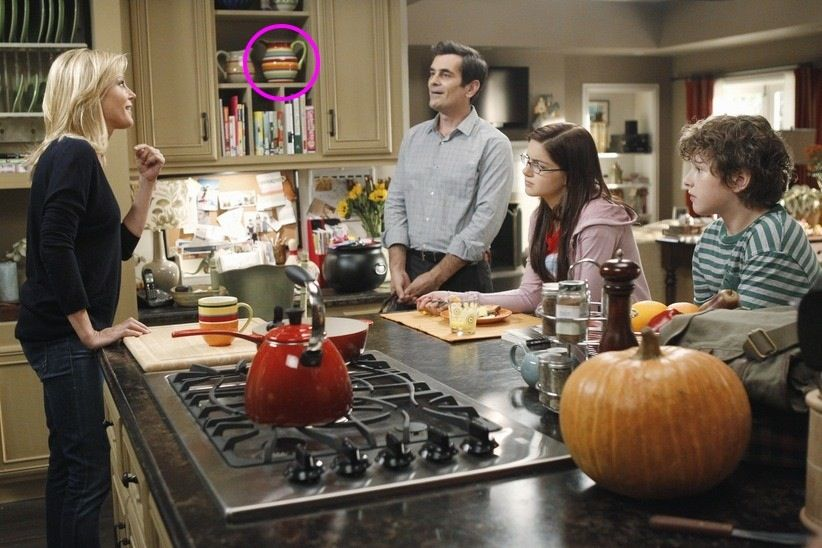 modernfamilystripedpitcher  kitchen    the o'jays,Modern Family Kitchen,Kitchen ideas