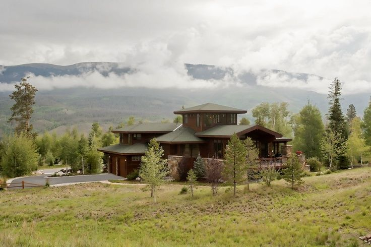 lowest price 5a645 1faba frank lloyd wright ranch style homes | Exterior view of this ...