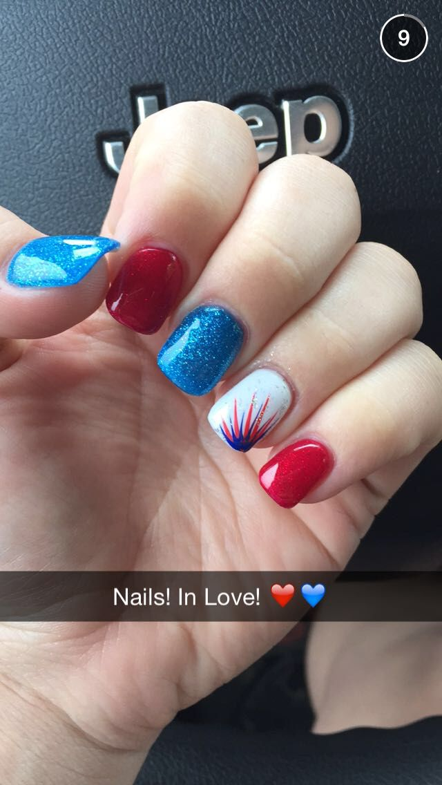 Red white and blue nails!❤️