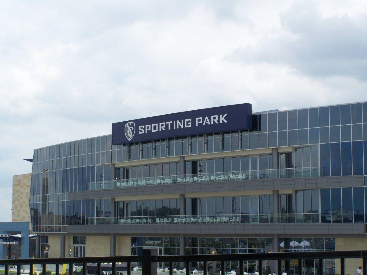 Mls Stadium Tour Stop At Sporting Kc Stadium Tour Sport Park Sporting Kc