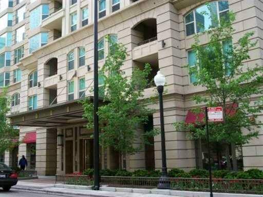 The Fordham 25 E Superior Chicago Luxury Condos Luxury Condo Condo Sky Home