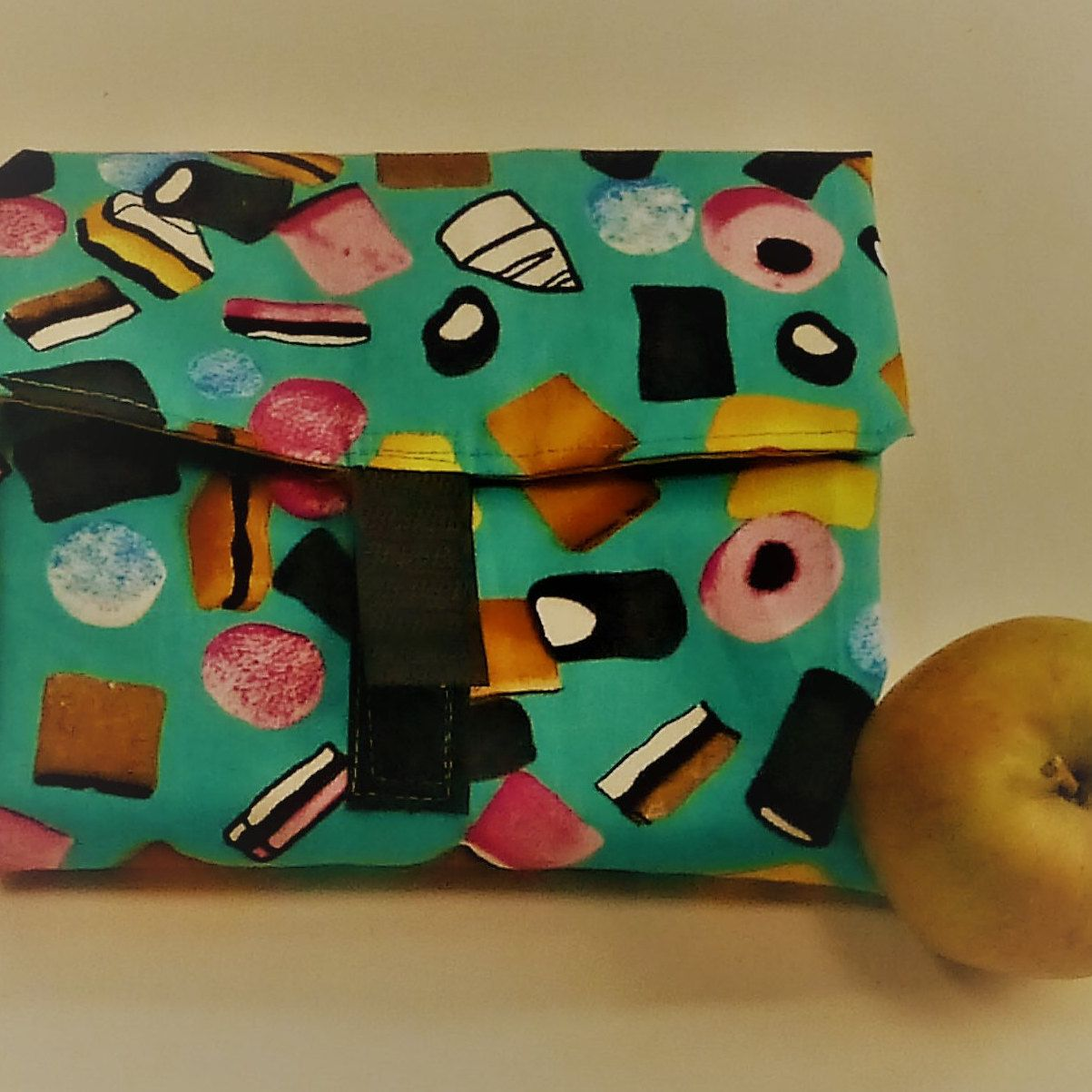 £4.50 Reusable sandwich wrap - OnTheGoDesign on Etsy,