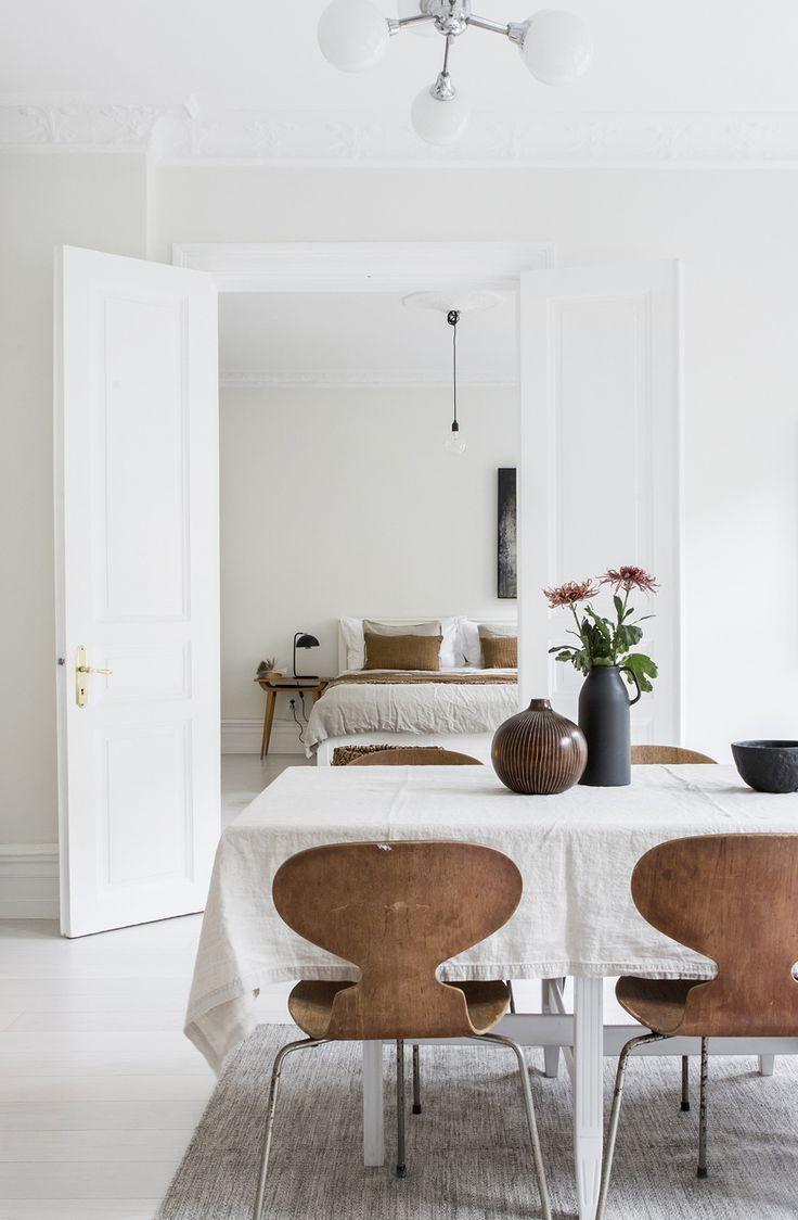 Farben des wohnraums 2018 bright white home with warm details in   home  pinterest