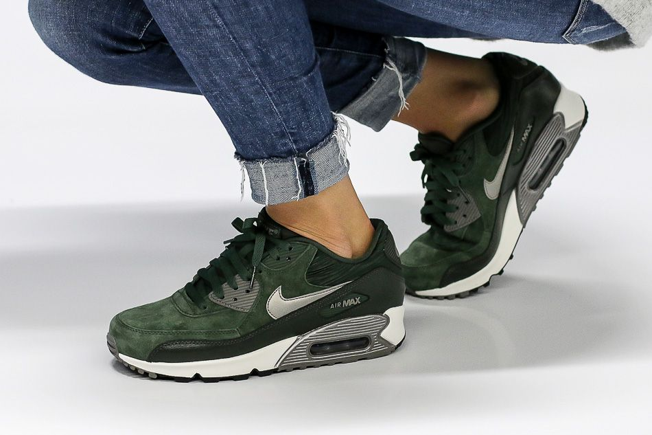 Nike Air Max 90 Carbon Green Trainers | wanted closet