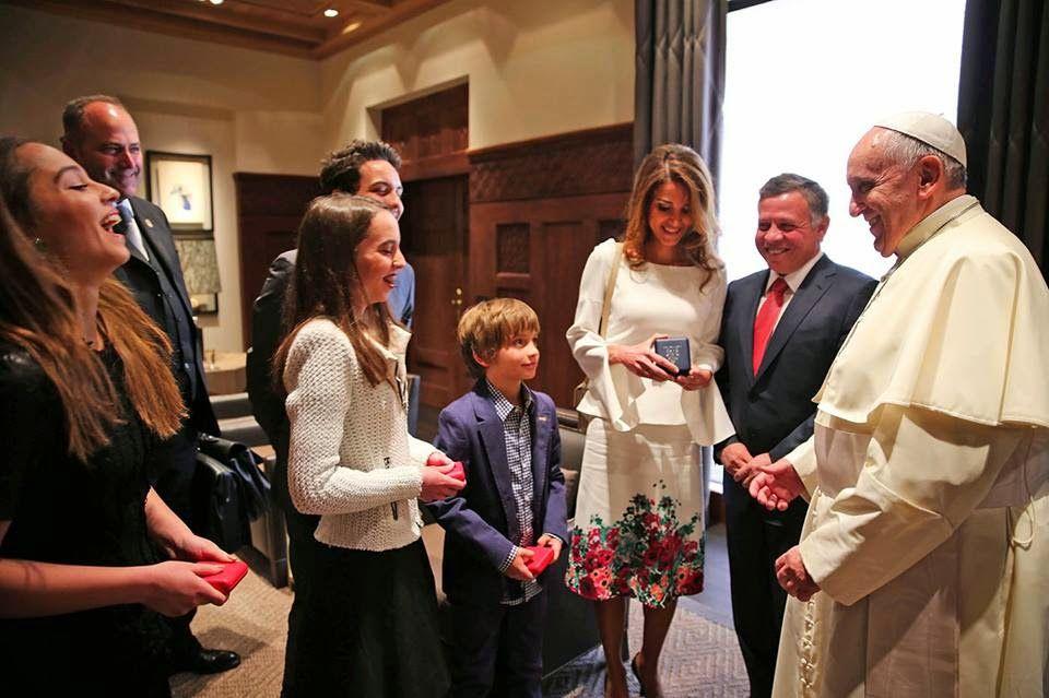 Pope Francis Visit Jordan Queen Rania Jordan Royal Family Hollywood Fashion