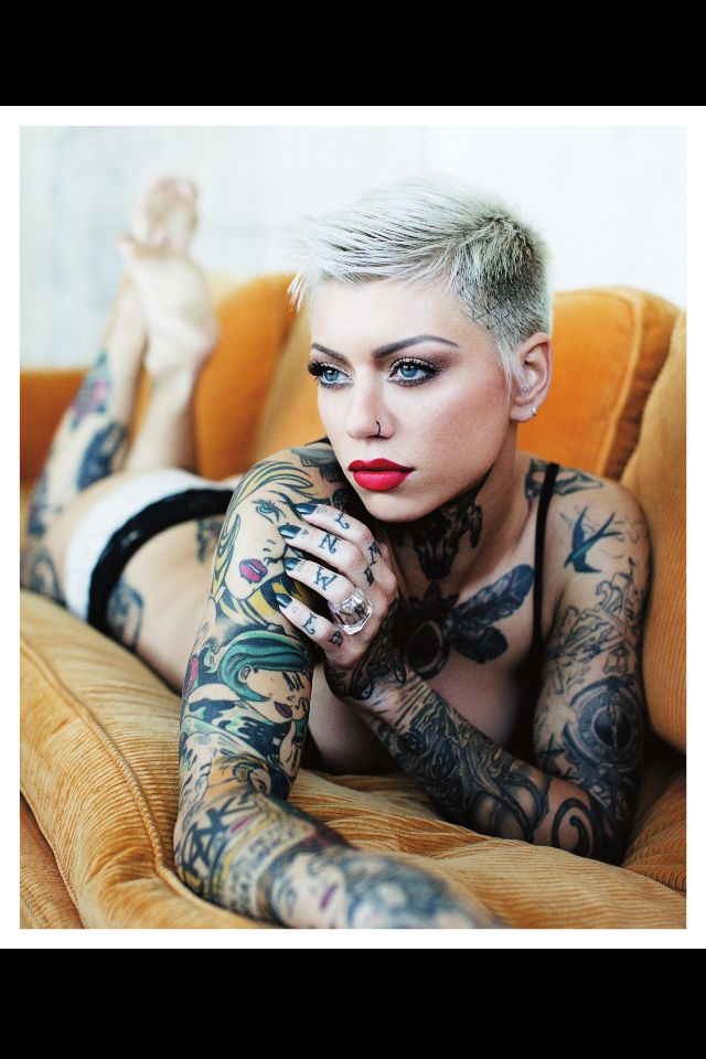 Short hair tattoo girl sexy my kind of girl ink i dig for My tattoo girls