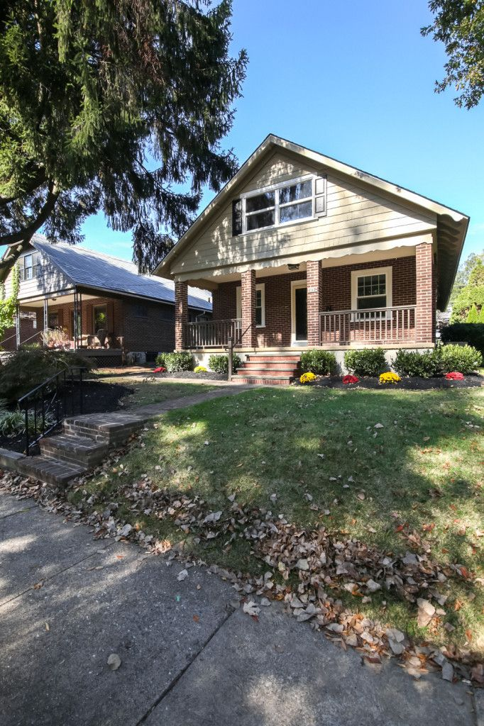 137 Sharpless St West Chester Pa 19382 Boro Homes For Sale West Chester West Chester Pa House Styles