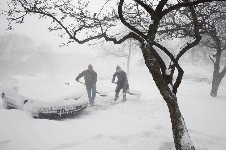 Clear the way people shoveled snow on thursday in chicago