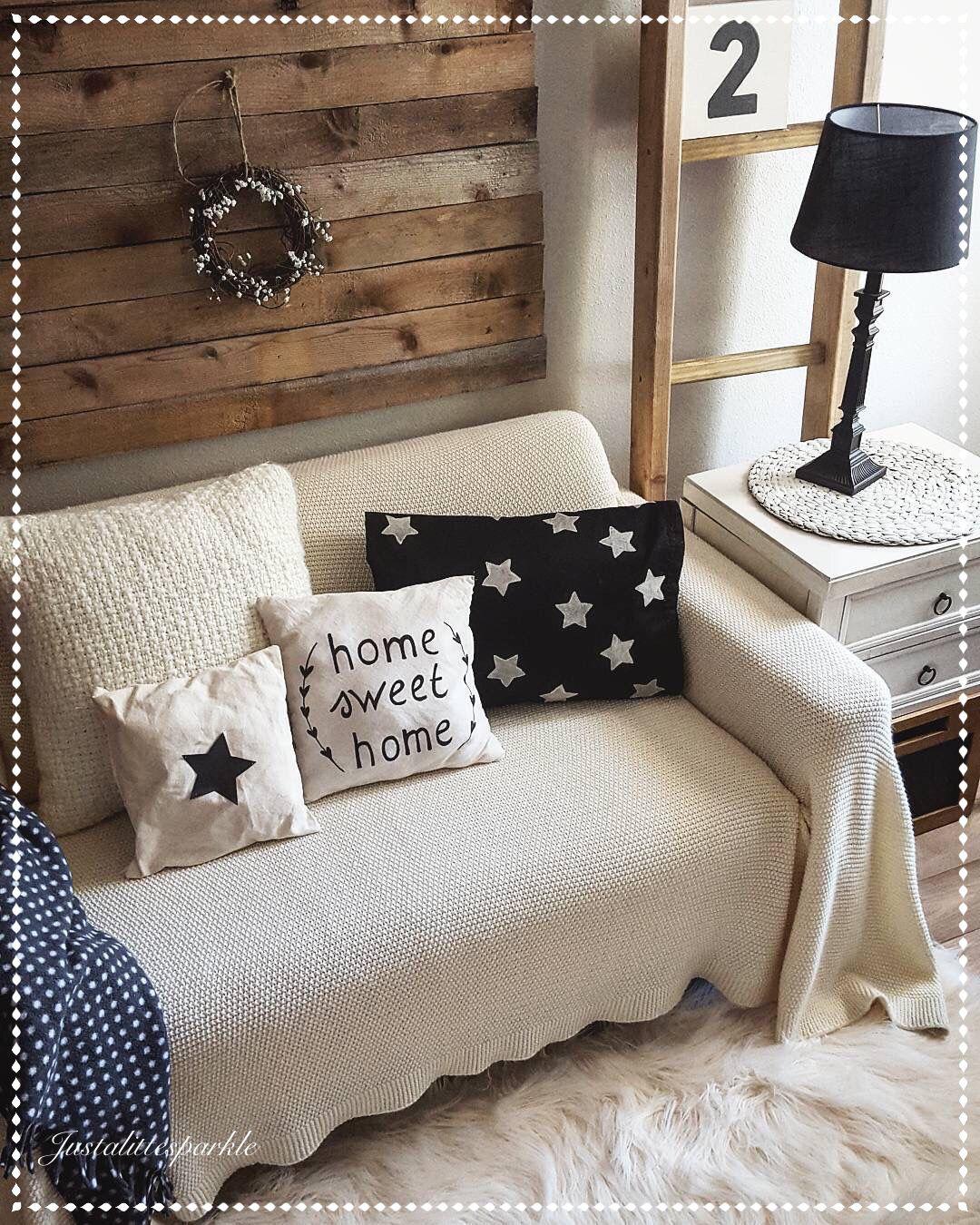 Reading nook, rustic reading nook Home decor, Home deco