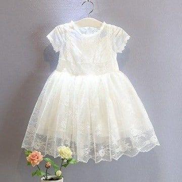 bdafa39d36 Bonitos diseños y modelos de vestidos para bautizo