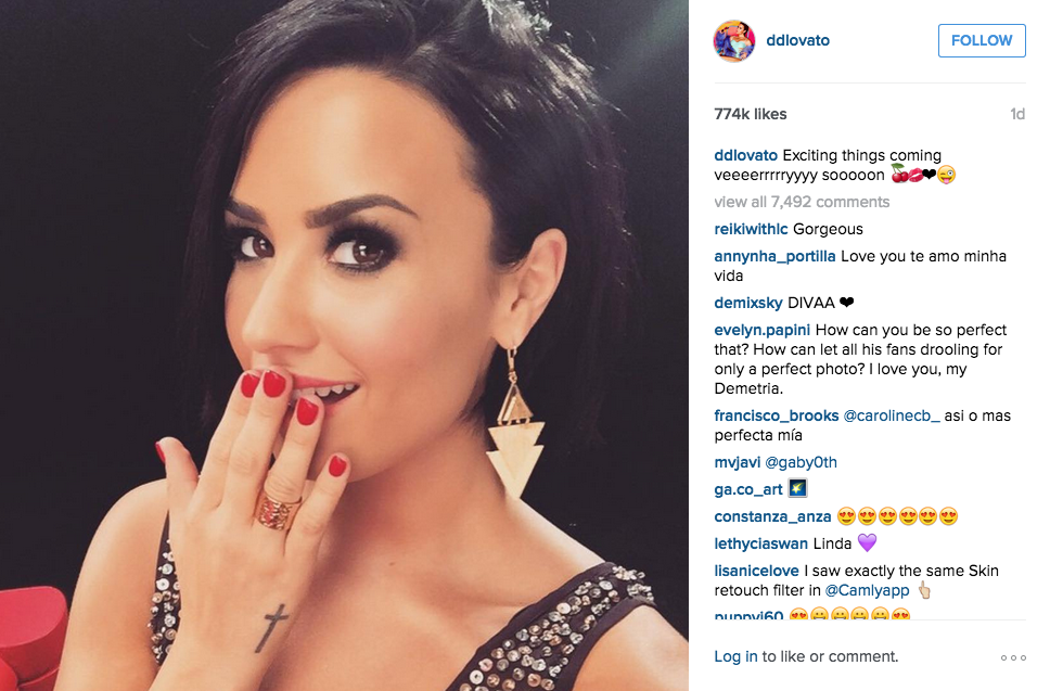 Demi Lovato Wearing Earrings Ring By Charles Albert Posted This On Her Instagram Page Charlesalbert Demilavto Gold Alchemia
